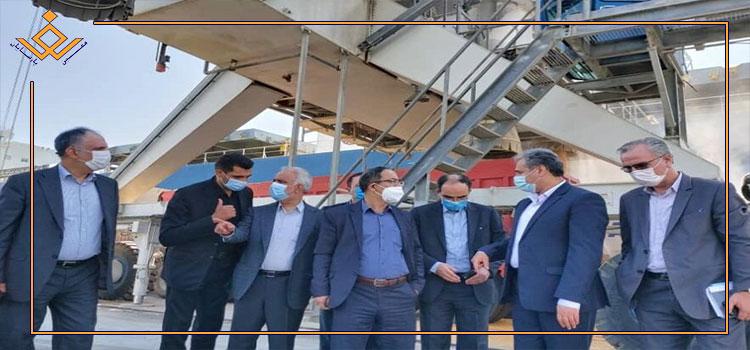 بازدید وزیر جهاد کشاورزی از سوله نگهداری ذرت و بستهبندی کودشیمیایی بندر شهید رجایی